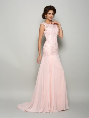Trumpet/Mermaid Scoop Beading Sleeveless Long Chiffon Mother of the Bride Dresses