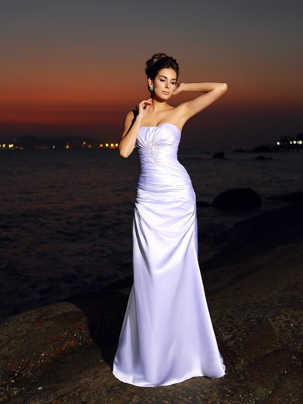 Trumpet/Mermaid Sweetheart Sleeveless Long Satin Beach Wedding Dresses