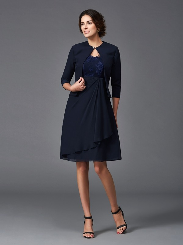 A-Line/Princess V-neck Lace 1/2 Sleeves Short Chiffon Mother of the Bride Dresses