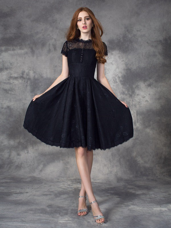 A-line/Princess Jewel Lace Short Sleeves Short Lace Dresses