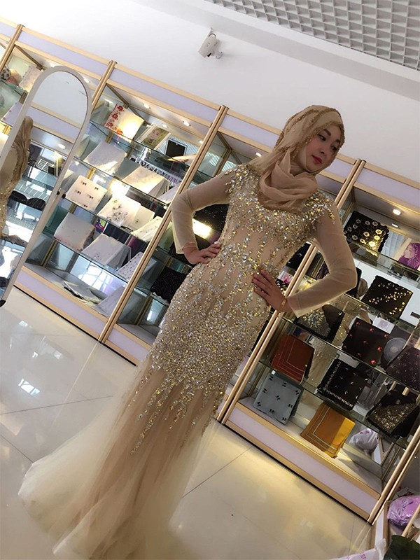 Sheath Long Sleeves Scoop Floor-Length Sequin Tulle Muslim Dresses