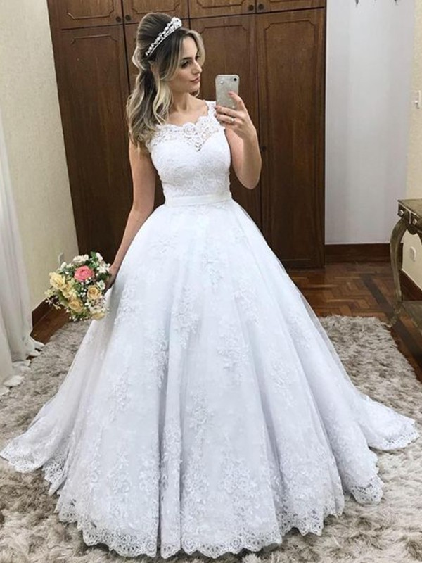 Ball Gown Scoop Sleeveless Sweep/Brush Train Lace Satin Wedding Dresses