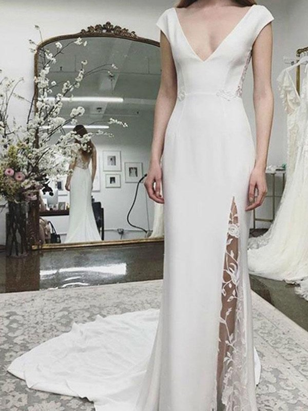 Sheath/Column Court Train Lace Sleeveless Satin V-neck Wedding Dresses
