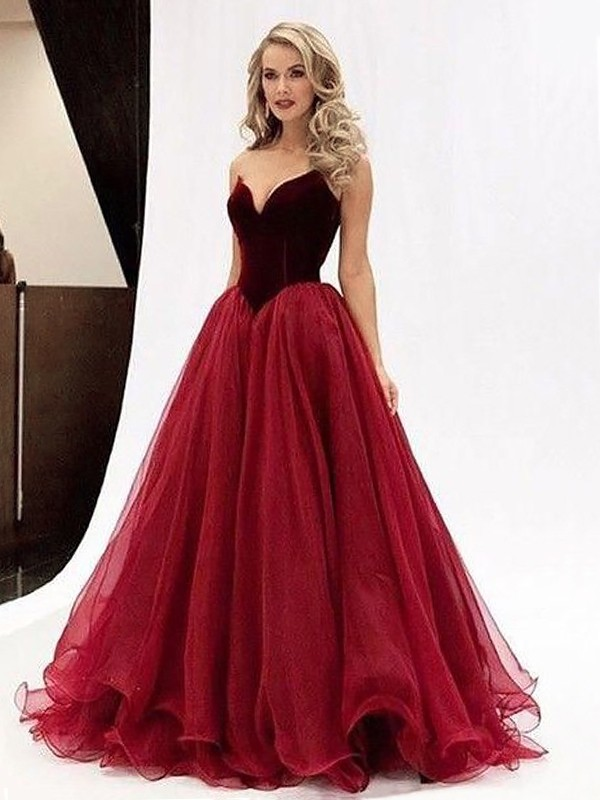 Ball Gown Sweetheart Sleeveless Tulle Floor-Length Dresses