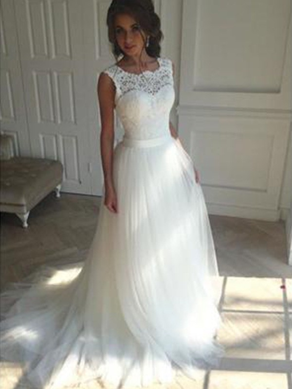 A-Line Sleeveless Square Court Train Tulle Wedding Dress