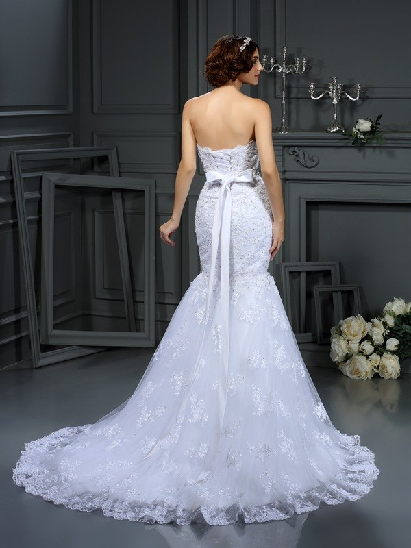 Trumpet/Mermaid Strapless Beading Sleeveless Long Lace Wedding Dresses