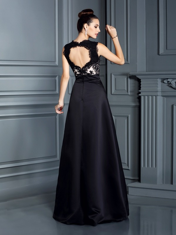 A-Line/Princess Straps Lace Sleeveless Long Satin Dresses