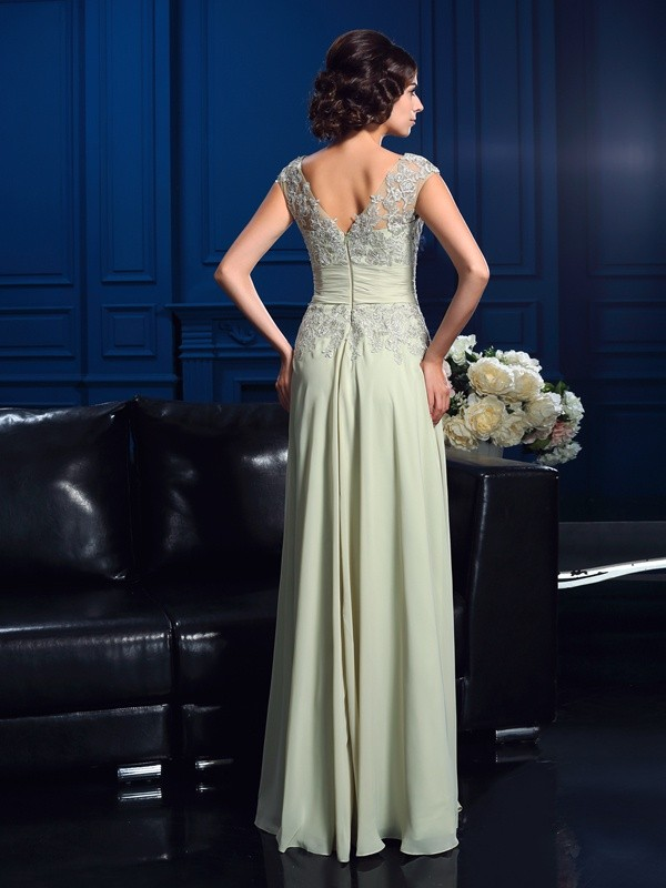 A-Line/Princess V-neck Applique Sleeveless Long Chiffon Mother of the Bride Dresses