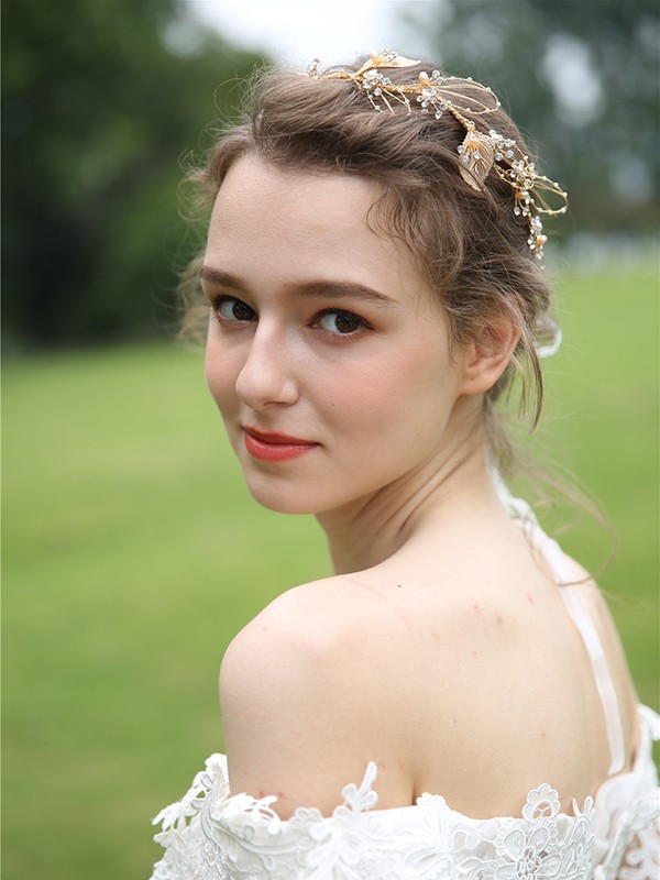 Lovely Pearls Headpieces