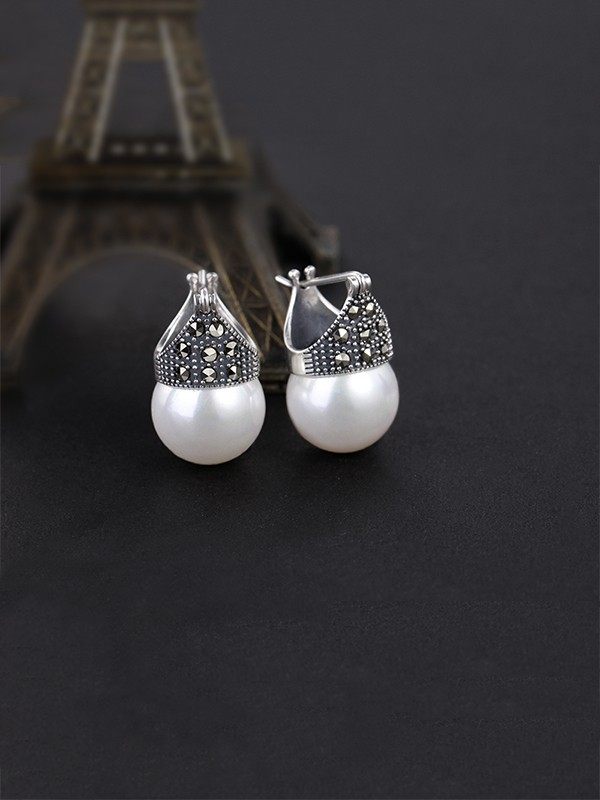Classic Women's S925 Silver Earrings With Pearl