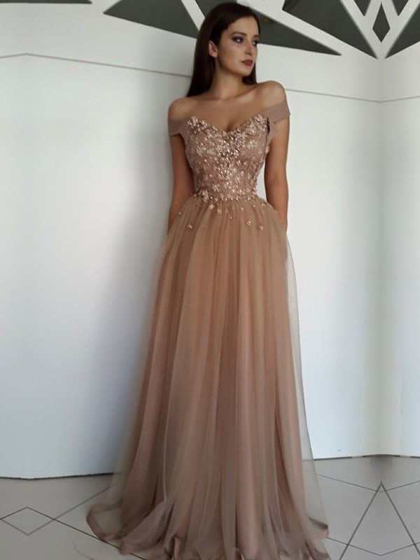 A-Line/Princess Sleeveless Off-the-Shoulder Floor-Length With Applique Tulle Dresses