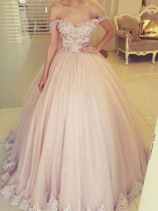 Ball Gown Sleeveless Tulle Off-the-Shoulder Applique Floor-Length Dresses