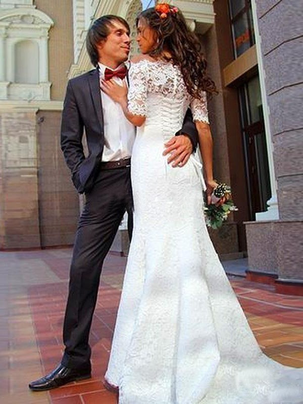 Trumpet/Mermaid Off-the-Shoulder 1/2 Sleeves Lace Sweep/Brush Train Wedding Dresses
