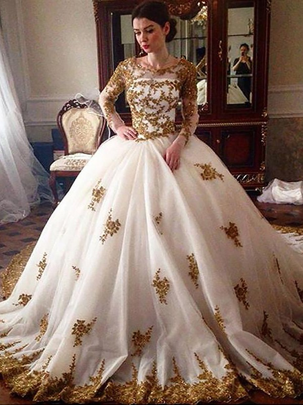 Ball Gown Court Train Scoop Long Sleeves Tulle Wedding Dresses
